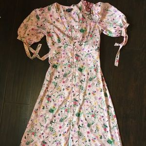 Size 2 Floral Topshop dress with embroidery